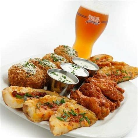 Wings & Things Appetizer Sampler - Picture of Houlihan's ...