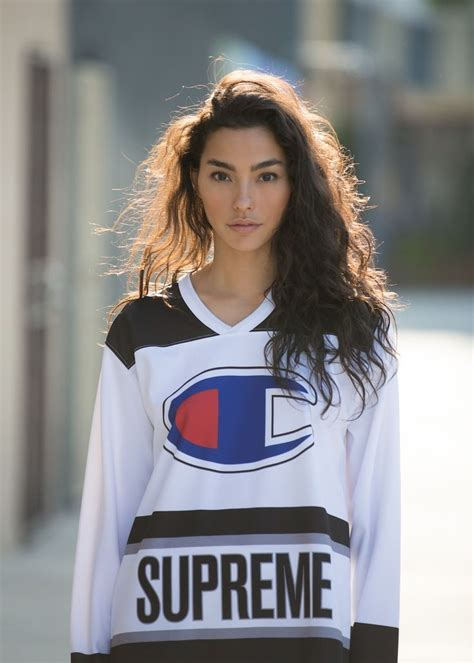 supreme clothing womens 41 best supreme images on supreme clothing