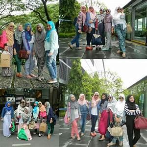 Hijabers Community Jakarta Goes To Singapore!
