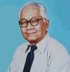 Flöhe Was Tun by Dr Salai Tun Than Biography