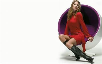 Doutzen Kroes Boots Kozaki Sukienka Czerwona Wallpapers