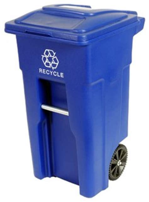 gallon wheeled trash  blue industrial outdoor