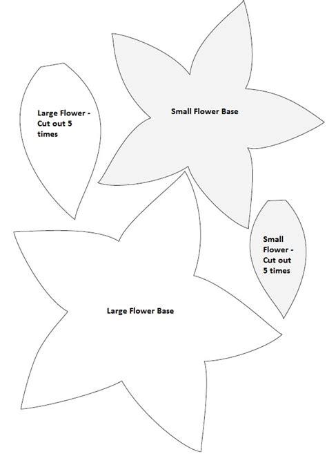 poinsettia template diy poinsettia felt wreath simple sweet and southern