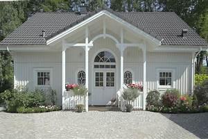 Haus Im Landhausstil : landhausstil haus fassade ~ Markanthonyermac.com Haus und Dekorationen