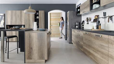 peinture meuble cuisine stratifié la cuisine cuisinella le de ludo et valérie