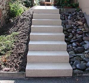 Halbgewendelte Treppe Konstruieren : halbgewendelte treppe konstruieren freitragende treppe coole ideen halbgewendelt dekor treppe ~ Orissabook.com Haus und Dekorationen