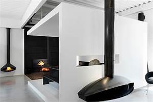 Poele Suspendu Design : poele a bois rond suspendu ~ Melissatoandfro.com Idées de Décoration
