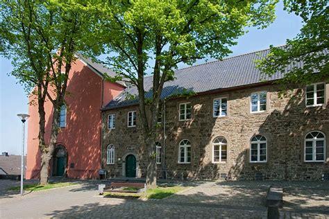 Haus  Katholische Familienbildungsstätte Haus Der Familie
