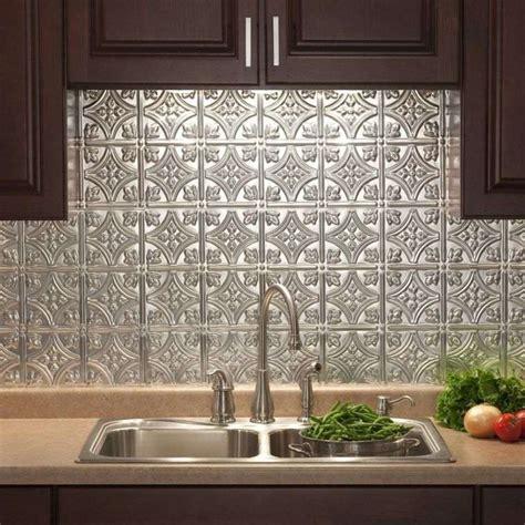 protection murale cuisine crédence de cuisine moderne 8 solutions tendance pour