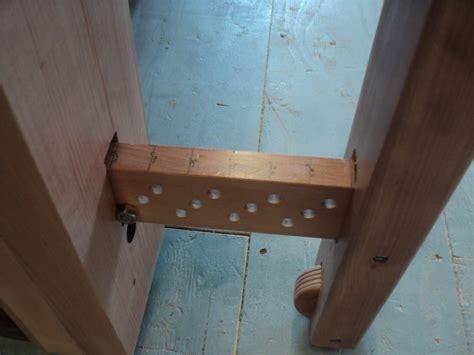 wedge powered leg vice  works  shipwright