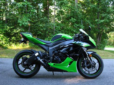 2011 Kawasaki Zx6r by 2011 Kawasaki Zx 6r Moto Zombdrive