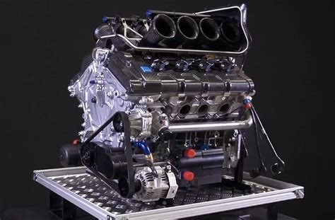 volvo reveals v8 supercars engine racecar engineering