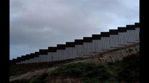 court blocks federal funds  border wall  parts