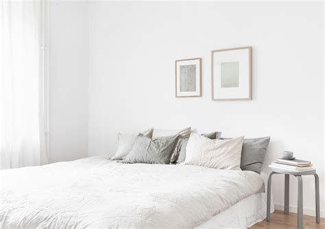 Kitchen Tile Flooring Ideas - white bedroom 2102