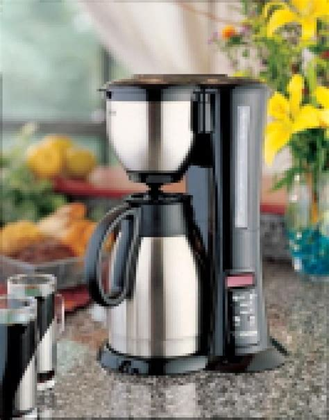These drip coffee machines come with the upgrade grinding feature and heating system. The 6 Best Thermal Carafe Coffee Makers of 2020 | Best coffee maker, Thermal coffee maker ...