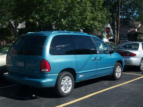 1999 Dodge Caravan by 1999 Dodge Caravan Information And Photos Zombiedrive
