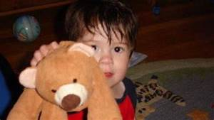 Boy reunited with lost teddy bear, thanks to Twitter ...