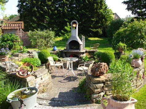 überdachter Grillplatz Im Garten