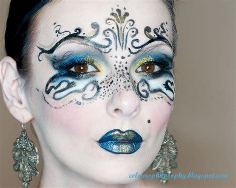 ColourPhilosophy: Maska karnawałowa