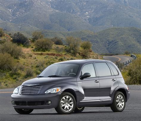 Are Chrysler Pt Cruisers Cars by 2007 Chrysler Pt Cruiser Pictures History Value