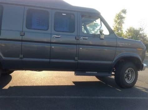 Purchase used 4x4 Handicap Wheelchair Van,4x4 Van in