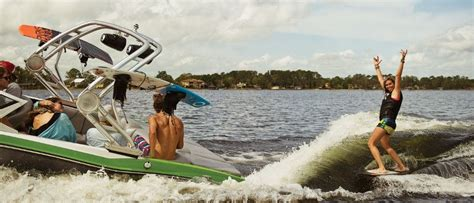 Pavati Ski Boats Price by Ski Surf Boats Buyers Guide Discover Boating