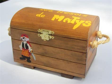 coffre a jouet personnalise jouet bois coffre aux tr 233 sors personnalis 233 sur commande abracadabois jouets et petits