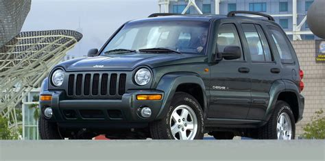 older jeep liberty older jeep cherokee and grand cherokee models recalled