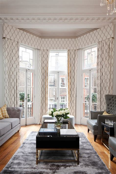 Decorating Ideas For Living Room With Bay Window by Bay Window Curtain Pole Ideas Small Details With Great