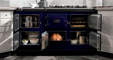 aga cuisine l 39 américain whirlpool tenté par les cuisinières de luxe aga