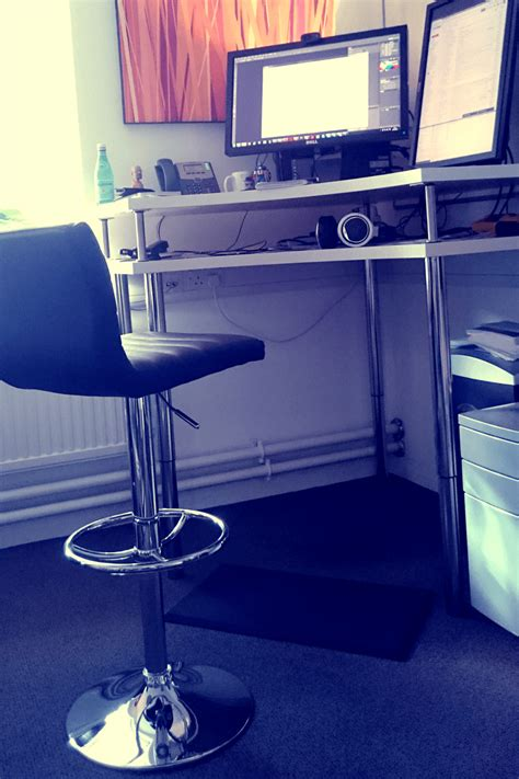 hack ikea bureau assis debout d angle bidouilles ikea