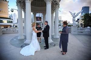 caesars palace archives little vegas wedding With harrahs las vegas wedding