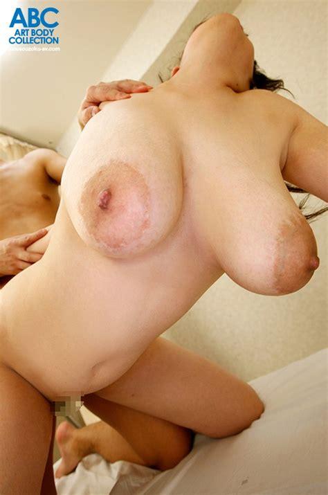 Maximum L Cup Titties On The Loose Jiggling Big Tits Sex 4 Hours Of Jiggling Wiggling Fun