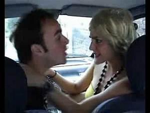 Video De Sexisme Dans Une Voiture : la blague du samedi faire l 39 amour une blonde dans une voiture pas facile youtube ~ Medecine-chirurgie-esthetiques.com Avis de Voitures