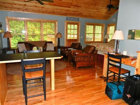 cabins  white sulphur springs updated  cottage