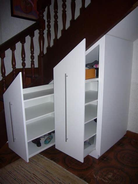 placard sous escalier une solution sur mesure pour moi