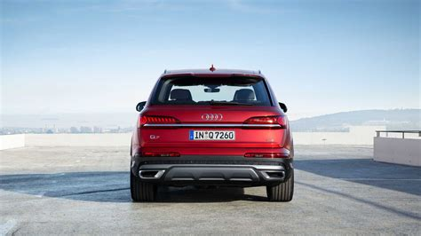 2020 Audi Q7 by 2020 Audi Q7 Facelift Looks Way More Rugged Borrows