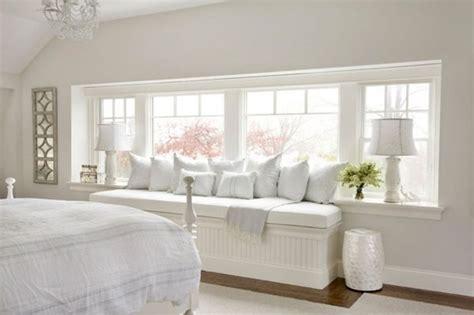 Sitzbank Am Fenster by Sitzbank Am Fenster Mit Vielen Kissen A In White