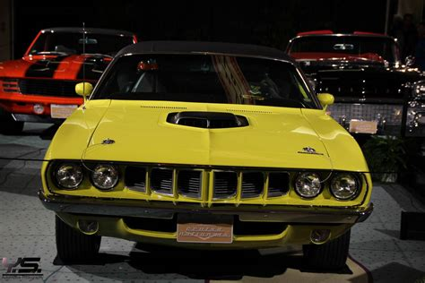 Muscle Cars At Canadian International Auto Show 2014