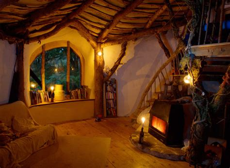 How To Decorate A Lord Of The Rings Themed Kids Room