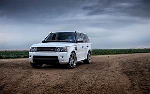 Land Rover Range Rover Hd Wallpaper Free High Definition