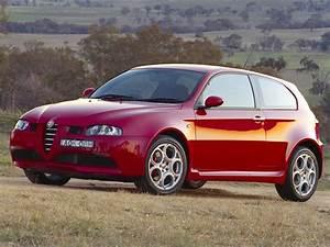 Avis Alfa Romeo 147 : alfa romeo 147 gta specs 2003 2004 2005 autoevolution ~ Gottalentnigeria.com Avis de Voitures