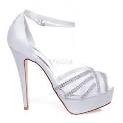 accessoire de mariage chic sandales de mariage blanc cheville talons aiguilles chaussures de mariée hauts talons