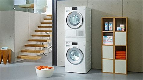 Gestell Für Waschmaschine Und Trockner übereinander by Miele Waschmaschinen
