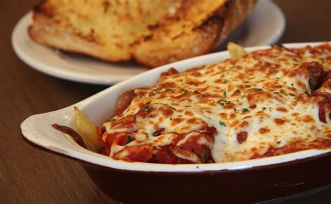 baked mostaccioli with sauce baked mostaccioli jt s pizza spirits grand rapids mi