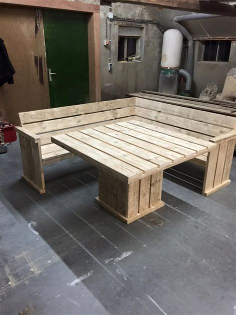 pallet corner couch  table pallet furniture projects