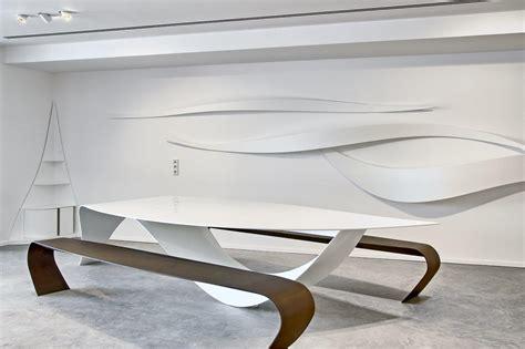 showroom cuisine design et sculptures réalisées en krion à ibiza par