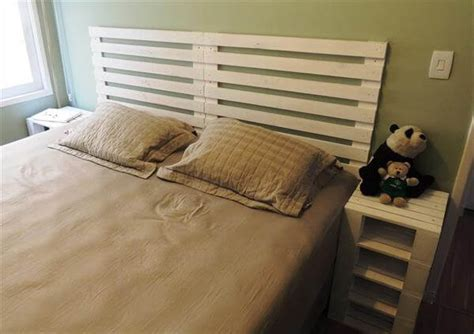 White Headboards King Size Beds by 6 Diy Pallet Bed Ideas With Headboards 99 Pallets