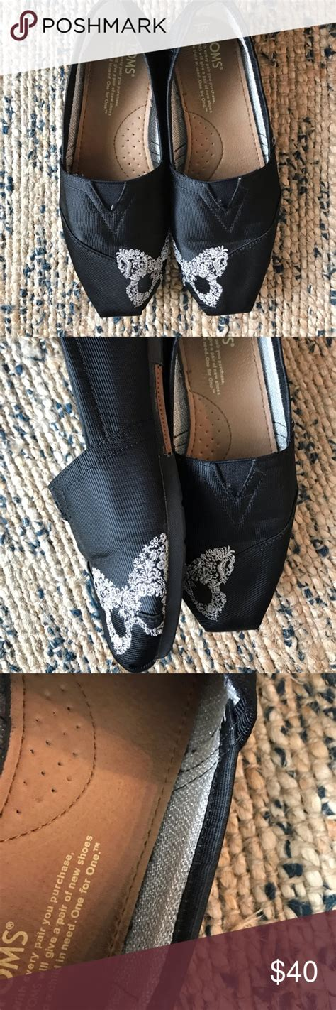 foto de Toms for Neiman Marcus Touch Toe Butterfly Slip On Toms