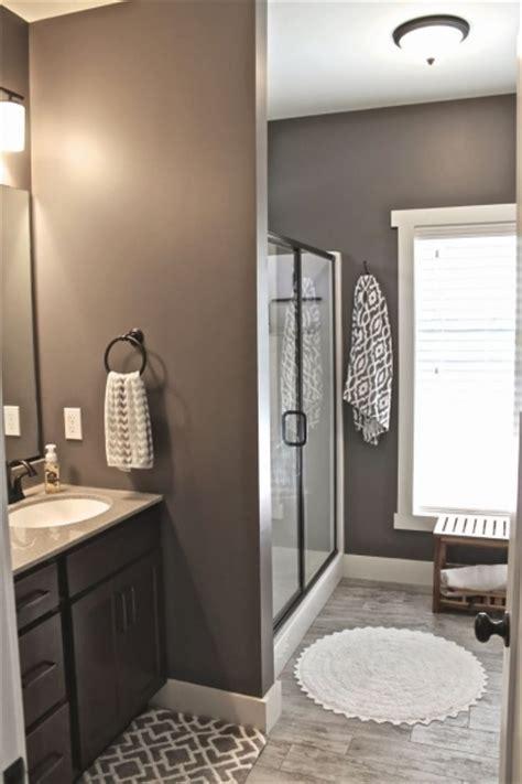 color ideas for a small bathroom popular small bathroom colors small room decorating